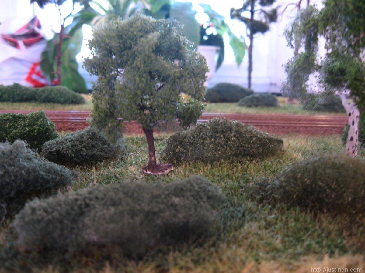 third_railroad_model_exhibition_trees_25217