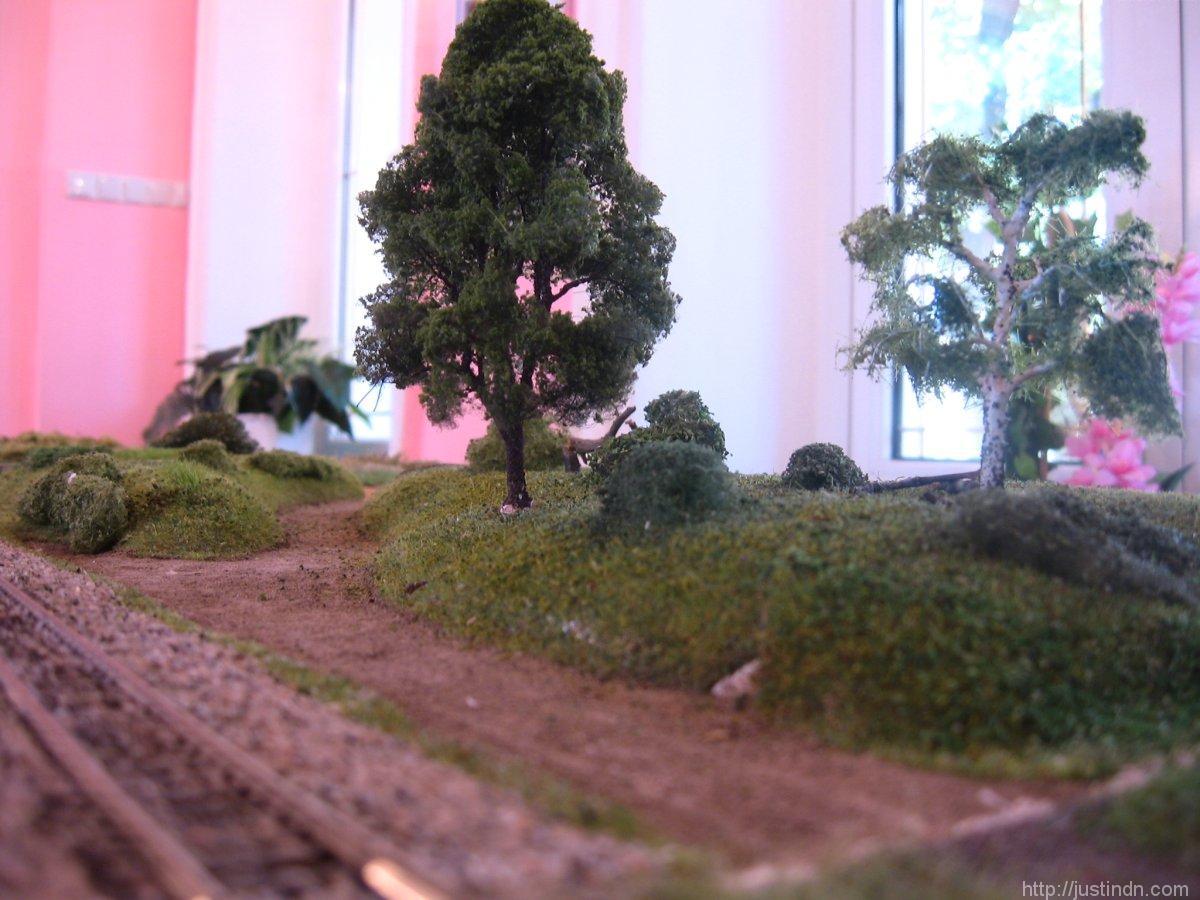 third_railroad_model_exhibition_trees_35600