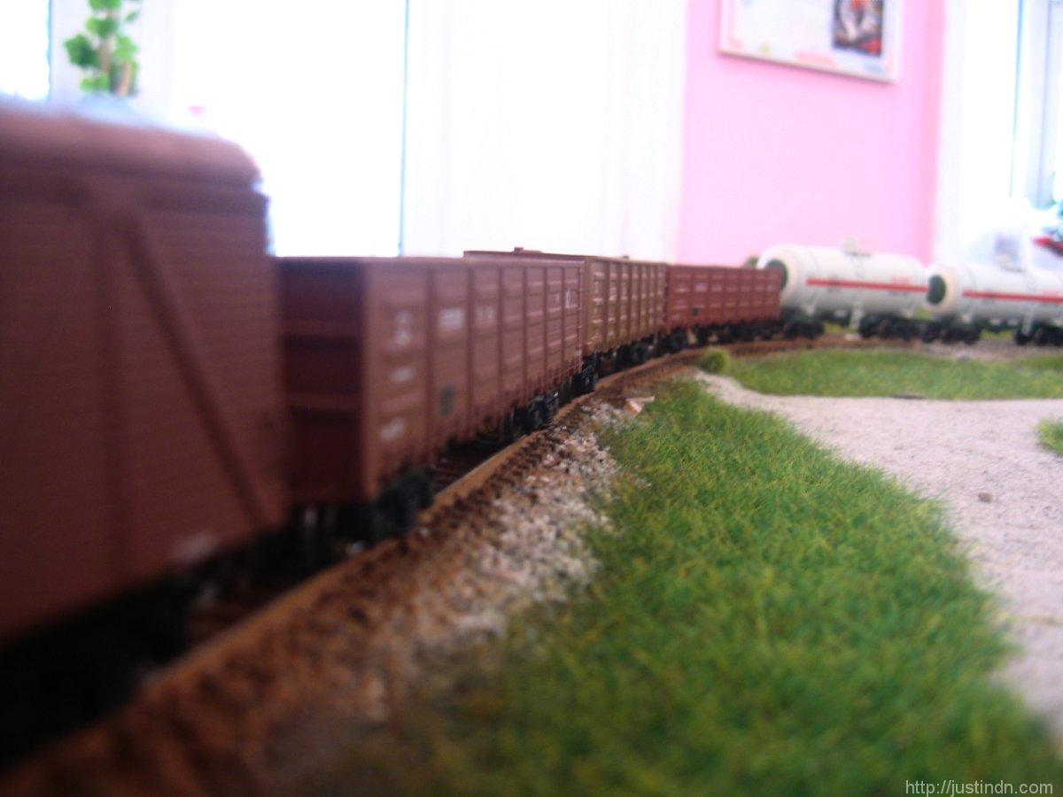 third_railway_model_exhibition_green_02