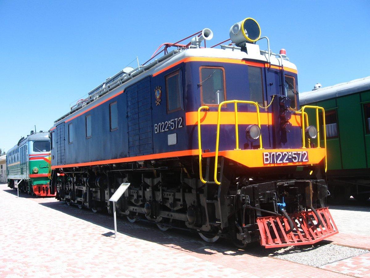 ВЛ22м-572